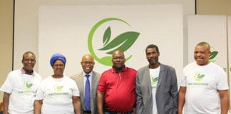 Black tobacco farmers in South Africa unite to form the Black Tobacco Farmers' Association (BTFA).
