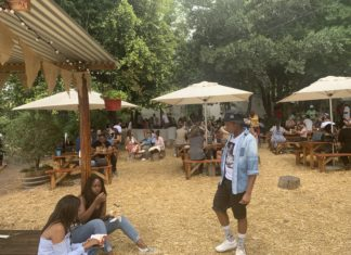 The Fourways Farmers offers food, drinks, live music and a great vibe.