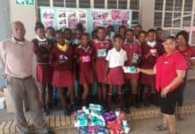 The Agricultural Research Council's Onderstepoort Veterinary Research recently donated sanitary towels to learners at Onderstepoort Primary in Pretoria.