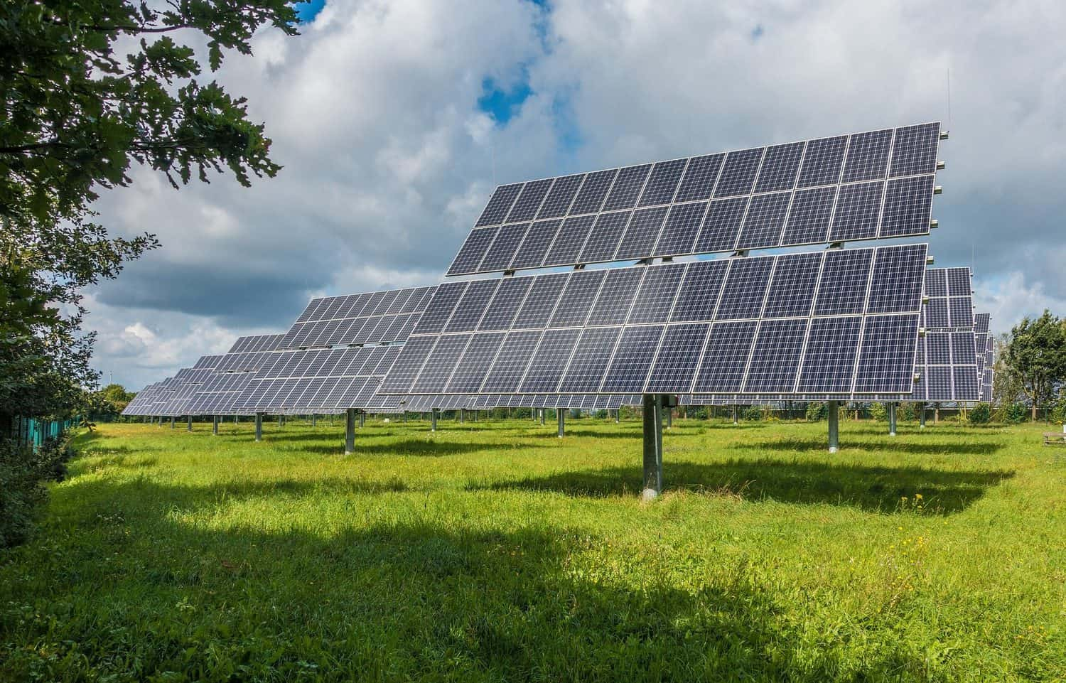 A dawn for South African agriculture as solar energy becomes affordable, even for small-scale farmers. Photo: Supplied.