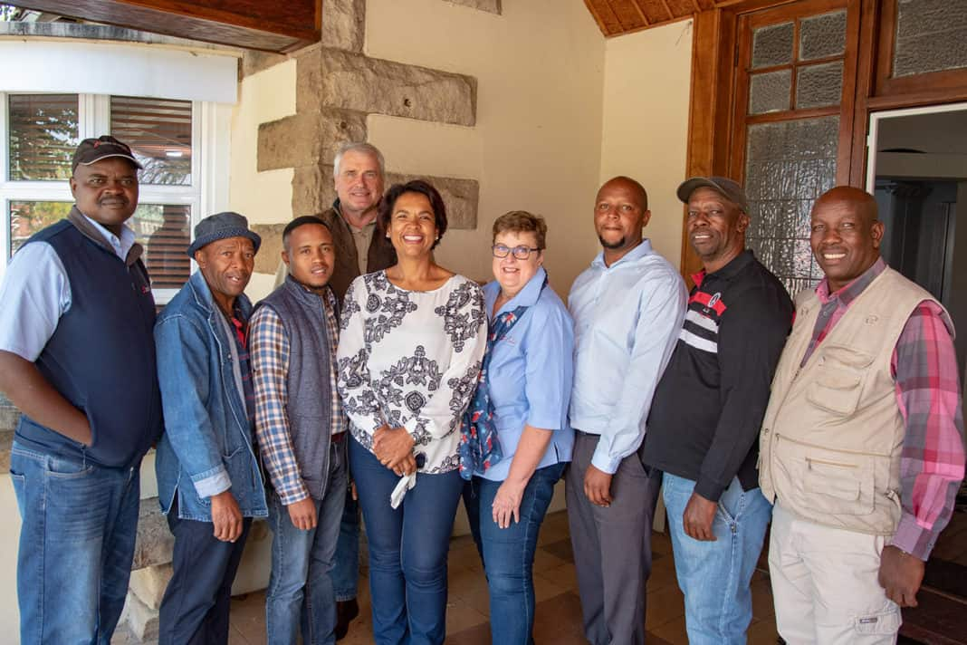 Pictured here are the six farmers with Sernick officials. From left Patrick Sekwatlakwatla (Sernick), Patrick Molotsi, Mojalefa Mashao, David Whitfield ( Sernick), Jacqui-Anne Middleton, Petro Naude (Sernick), Ernest Setlogelo, Solomon Mosoeu and Zacharia Matli.