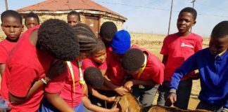 The Animal Health Promotion Club (AHPC) school program teaches children basic animal and human health knowledge through fun and practical activities.