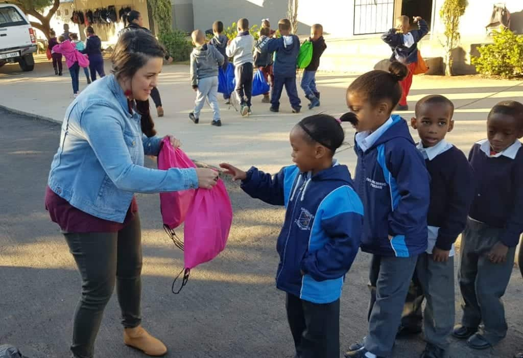 SA3 has donated more than 12 000 parcels to primary schools and ECD centres in Bonnievale in the Western Cape.