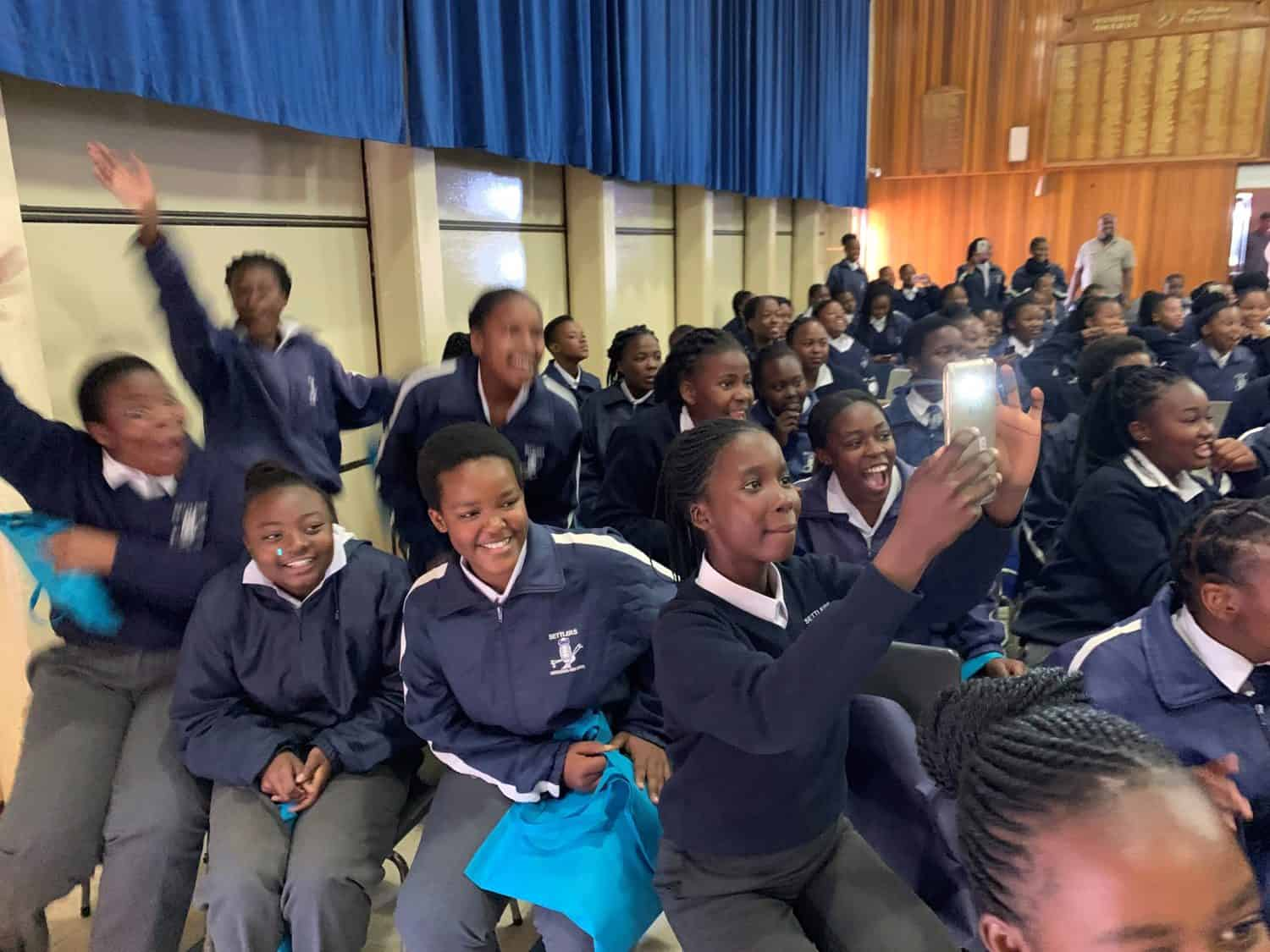 Close to 700 learners from a number of schools in and around Settlers in Limpopo joined the fourth and final leg of the VKB Food For Mzansi agri career roadshow.