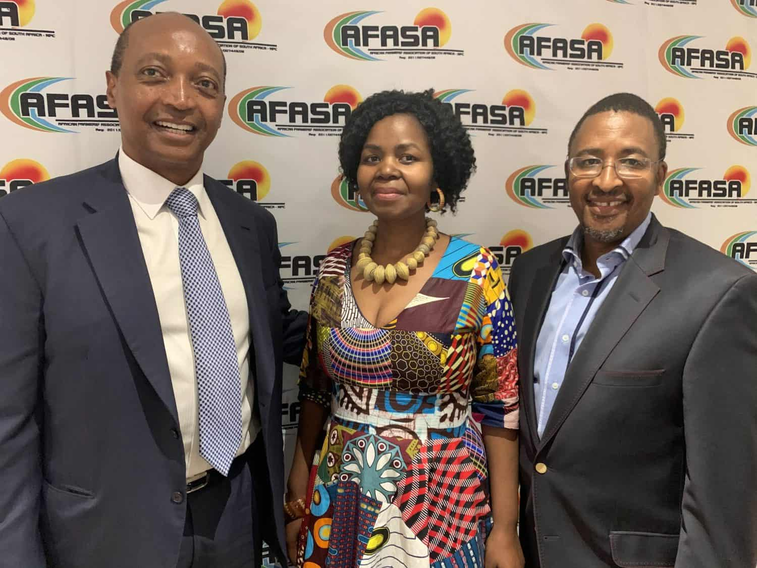 Moments before Dr Patrice Motsepe, the founder and executive chairman of African Rainbow Minerals, announced a multi-billion rand fund for black farmers. He is pictured with the late AFASA president Dr Vuyo Mahlati and chairperson Neo Masithela. Photo: Food For Mzansi