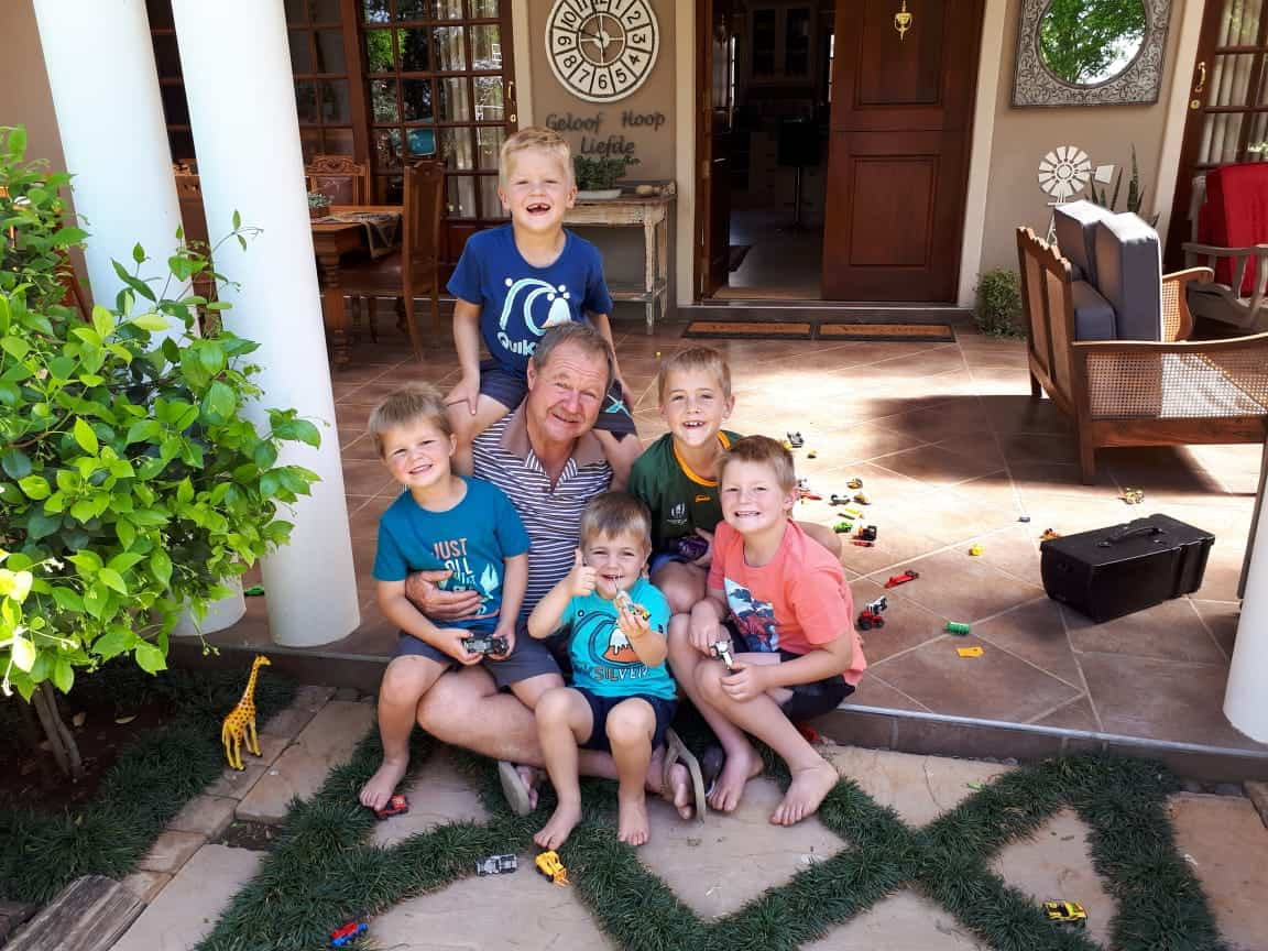 Vickie Bruwer and his grandchildren