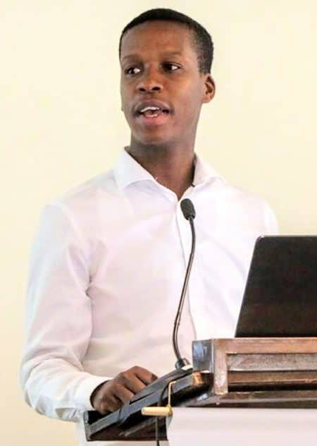 Lucius Phaleng (29) works as an agricultural economist at the National Agricultural Marketing Council (NAMC). One of the impressive things about his work is that he advises the Minister of Agriculture, Land Reform and Rural Development on market access opportunities in the international markets.