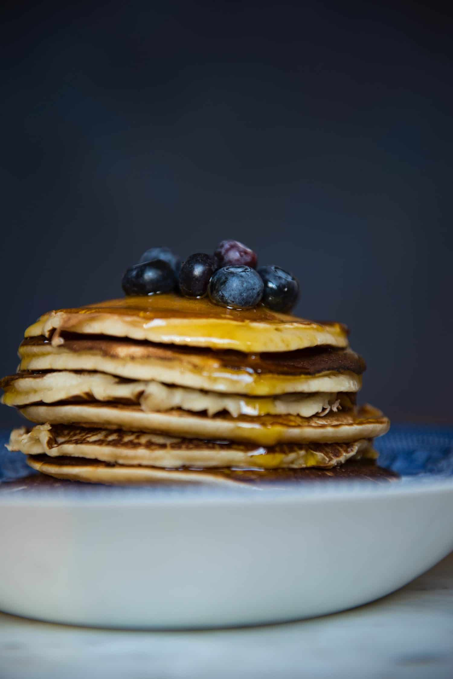 There's no yummier breakfast food than fresh flapjacks with syrup. Chef Thandi, AKA the Glam Chef, has a recipe for fluffy flapjacks that you will love.