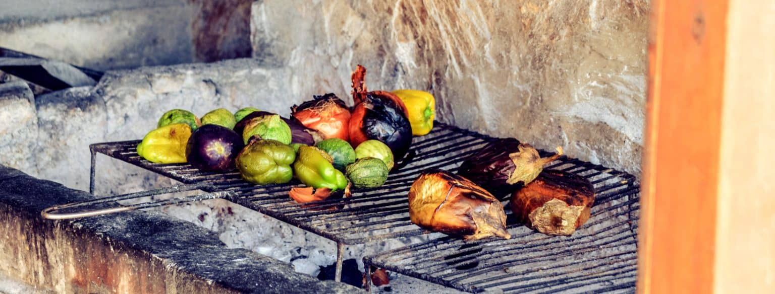If you're making the shift over to a plant-based diet, here's a couple of tips how to do a plant-based braai.