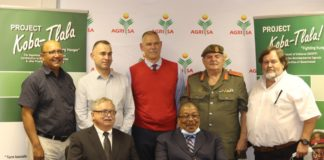 In the back from the left: Agri SA executive director Christo van der Rheede pictured with Omri van Zyl, the CEO of Agri SA Enterprises, Uys van der Westhuijzen, chairperson of Agri SA's centre of excellence for rural safety, brig. Gen. Gerhard Campher and Theo Venter, a special advisor from the North-West University's Business School. Front: Pierre Vercueil: president of Agri SA, and gen. Solly Shoke, chief of the SANDF. Photo: Supplied / Food For Mzansi