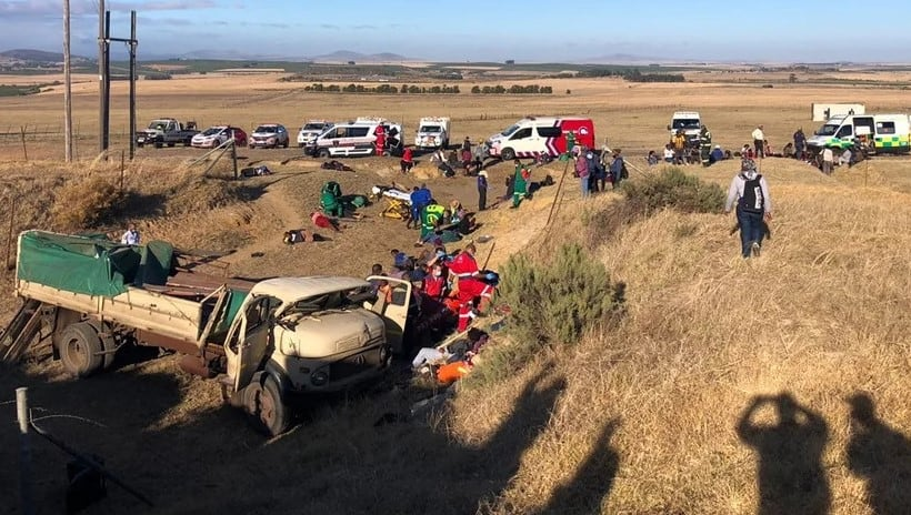 About 80 farmworkers who were transported on the back of a truck were involved in an accident near Paarl in the Western Cape today. Photo: Farm Watch