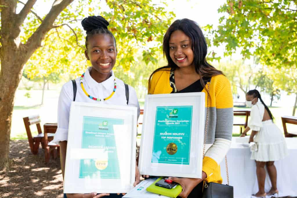 Rejoyce Legodi and Sharon Ndlovu were Sinelizwi's top performers in Limpopo and Mpumalanga respectively. Photo: Food For Mzansi