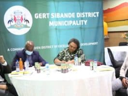 This weekend, minister Thoko Didiza met with farmers, farmers' unions and other stakeholders to address issues in the Gert Sibande district of Mpumalanga. The issue of farm evictions was high on the agenda. Photo: Supplied/GCIS