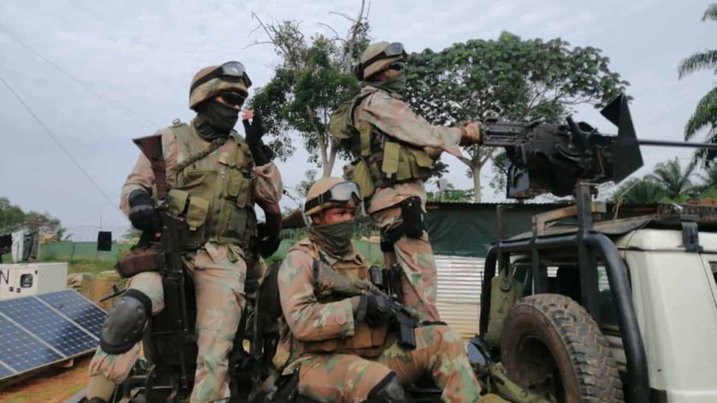 SANDF and Saps will be tightening their patrols of the Mzansi-Lesotho border. Photo: Supplied/Defense Web