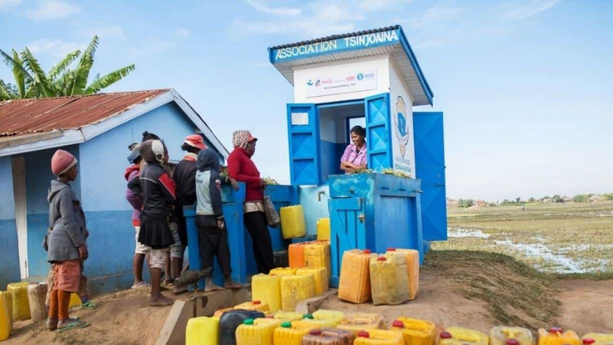 Replenish Africa Initiative (RAIN) has helped more than 4 000 communities across 41 countries to gain improved access to clean water thanks. Photo: Supplied/Food For Mzansi