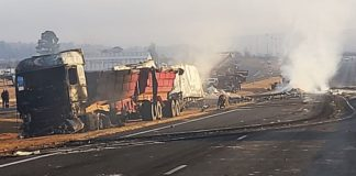 Damaged trucks on the N3 near Mooi River Plaza following recent anarchy in KwaZulu-Natal. Photo: Supplied/ Jayed-Leigh Paulse