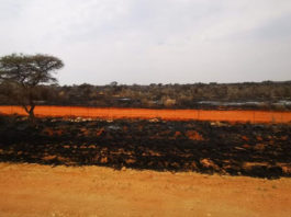 Runaway veld fires in the Northern Cape has affected more than 40 farms since 8 August. Photo: Supplied/Food For Mzansi