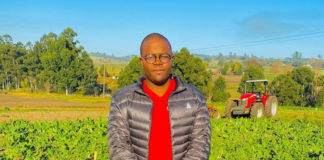 Managing a commercial farm is not all KwaZulu-Natal's Mpumezo Ndima does, he also provides agricultural advisory services to farmers of all scales and sizes. Photo: Supplied/Food For Mzansi
