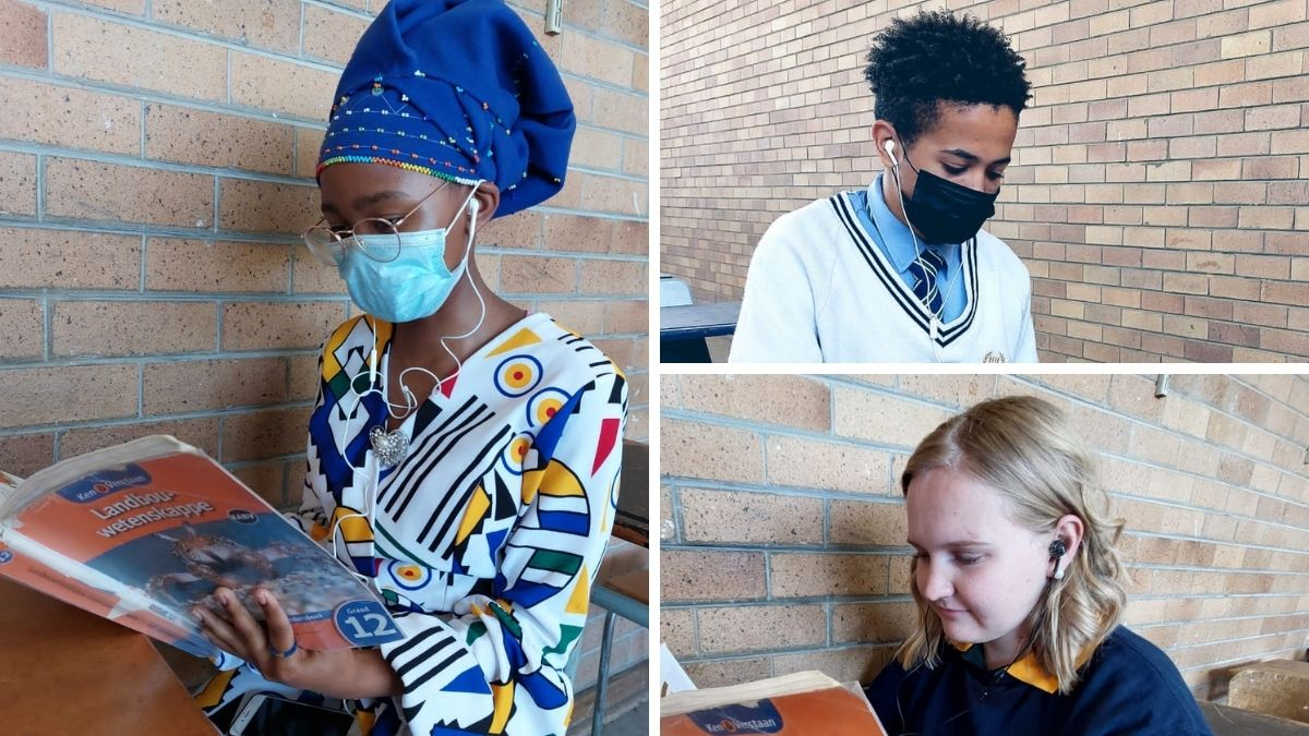 Learners from Kroonstad High School in the Free State have already started downloading the free AgriCareers podcast hosted by Food For Mzansi. They are also viewing the masterclasses in different subjects to help prepare them for the matric final exams. Photos: Koos Cronjé/Food For Mzansi